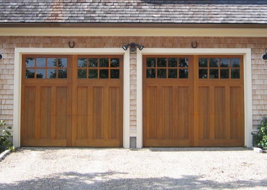 Side-by-side garage door